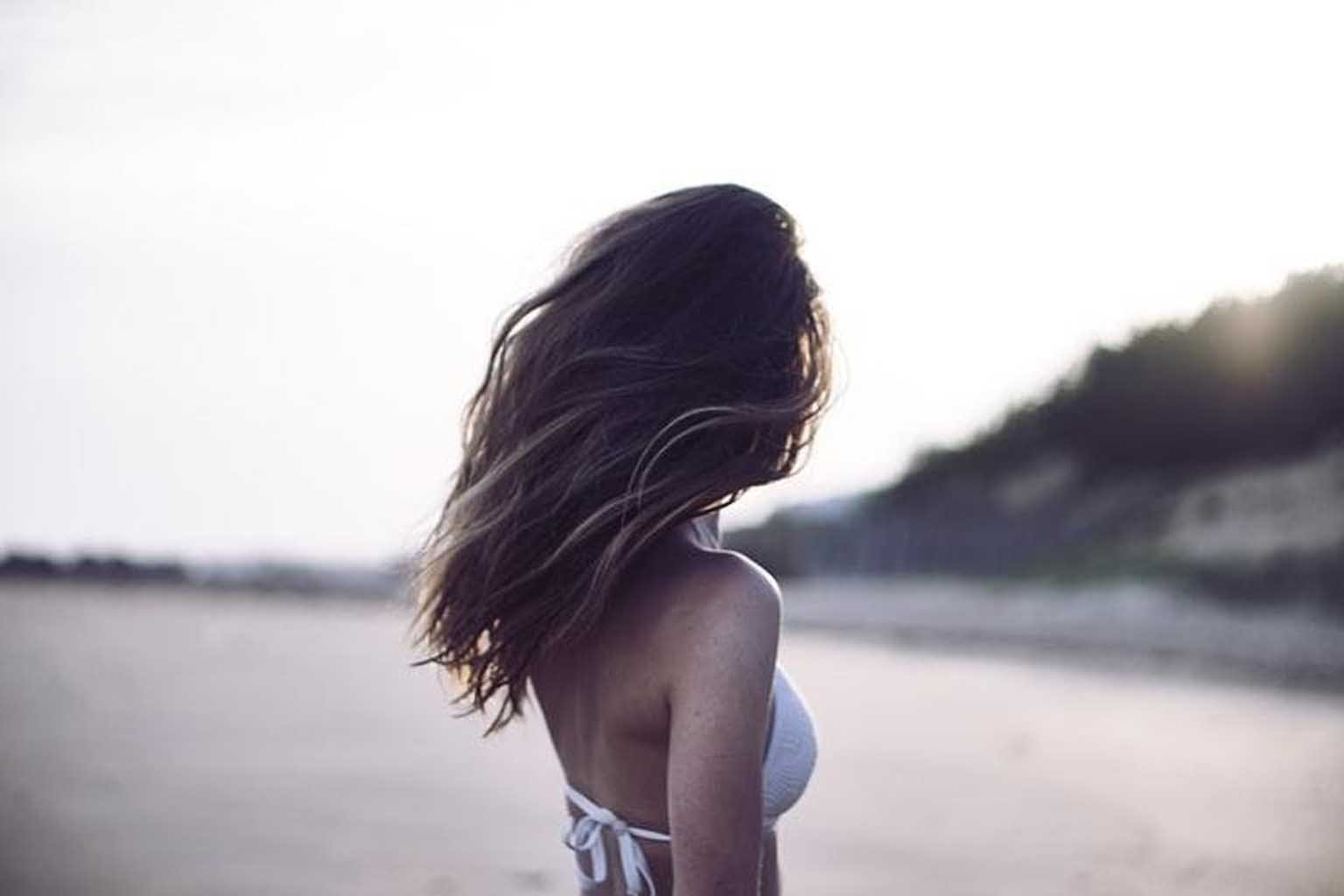 10 Trendy Beach Hairdo For You % - % The Voice Of Woman