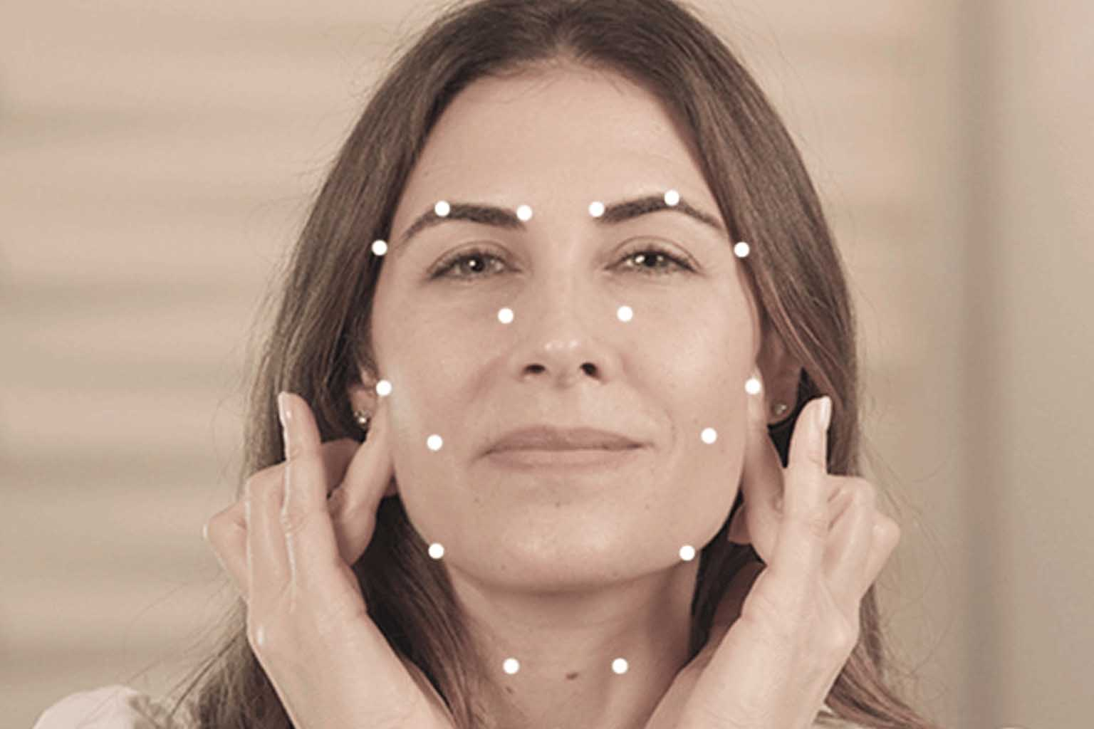 Cure Health Issues With These Easy Chinese Acupressure Points