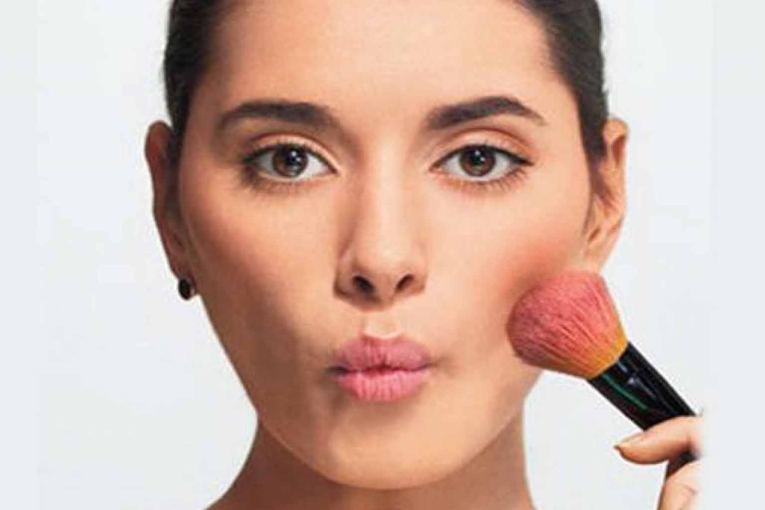 contouring makeup for chubby face