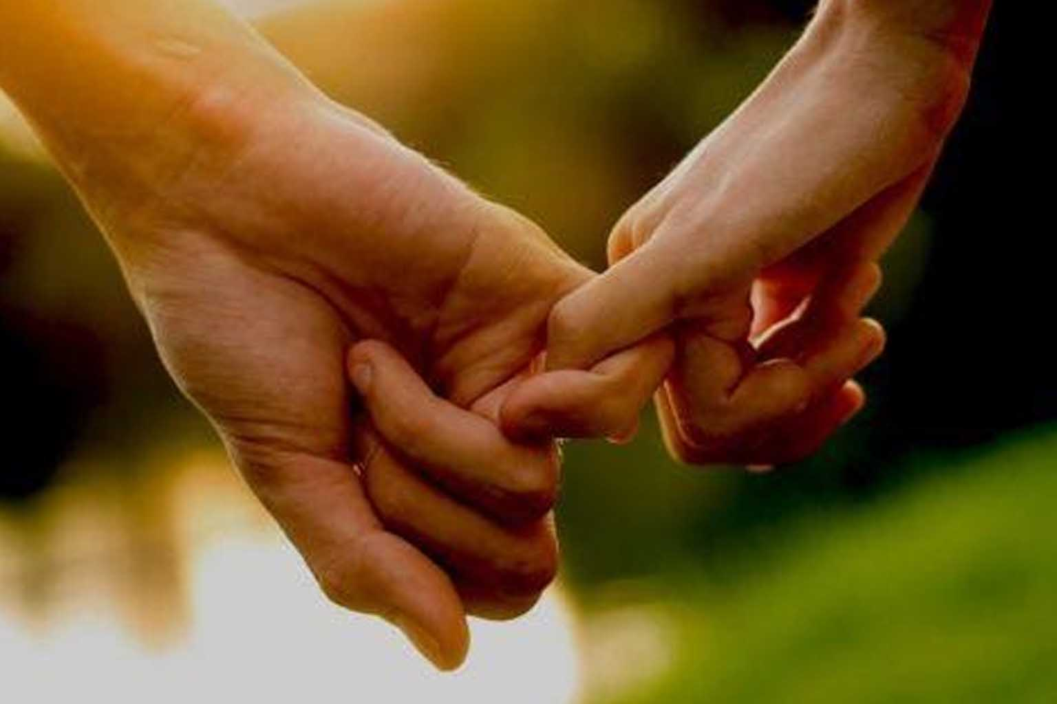 meaning of holding hands in different ways,