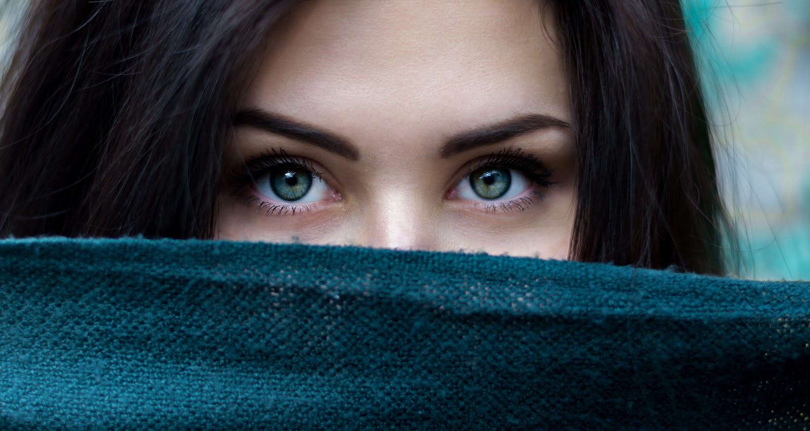 hacks for thick eyebrows